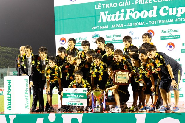 U19 Nhat Ban thau tom toan bo cac giai thuong lon hinh anh 1
