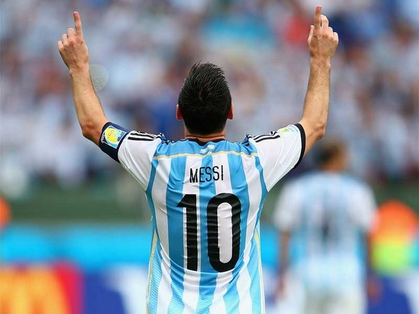 Nhung ly do khien Qua bong Vang chi thuoc ve Leo Messi hinh anh 1
