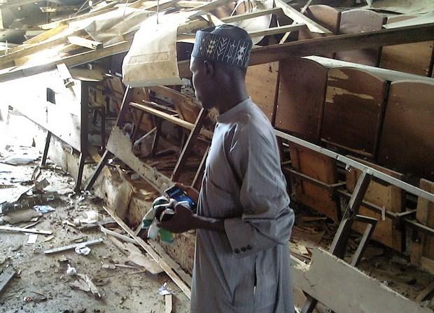 Danh bom lieu chet o Nigeria lam it nhat 32 nguoi thiet mang hinh anh 1
