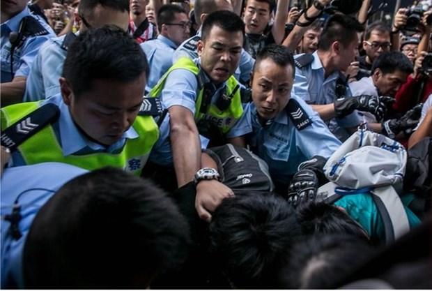 Anh-Trung Quoc leo thang cang thang do van de Hong Kong hinh anh 1