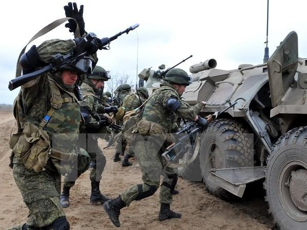 Ukraine tuyen bo bat giu 2 linh Nga trong cuoc giao tranh o mien Dong hinh anh 1