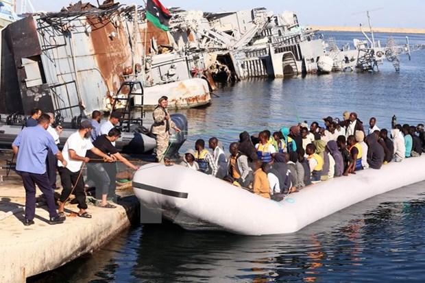 Libya giam giu hang tram nguoi di cu dang tim cach toi chau Au hinh anh 1