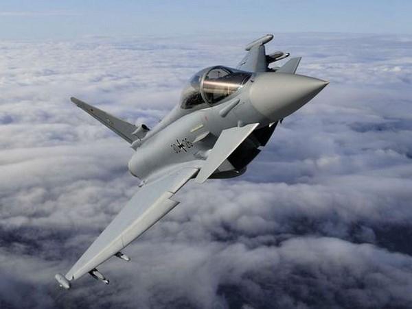 Duc ngung tiep nhan may bay Eurofighter do bi loi ky thuat hinh anh 1