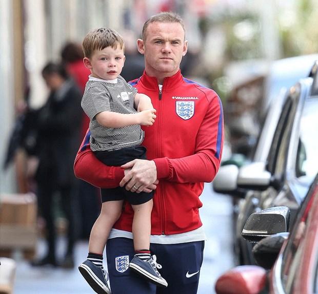 Tin EURO: Wayne Rooney bi chi trich, de Gea lap ky luc moi hinh anh 1