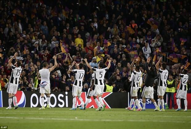 Barcelona cam lang tai Nou Camp, Juventus thang hoa phong ngu hinh anh 1