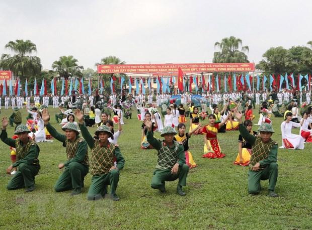 Trung doan 209 don nhan Huan chuong Bao ve To quoc hang Ba hinh anh 3