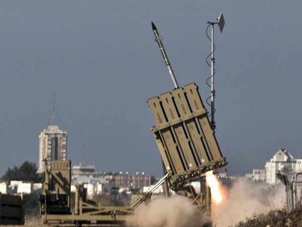 Cac ten lua Israel da tan cong mot vi tri quan su cua Syria hinh anh 1
