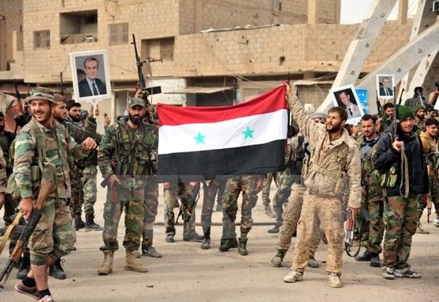 Quan doi Syria kiem soat 90 thi tran tai tinh Idlib tu tay khung bo hinh anh 1
