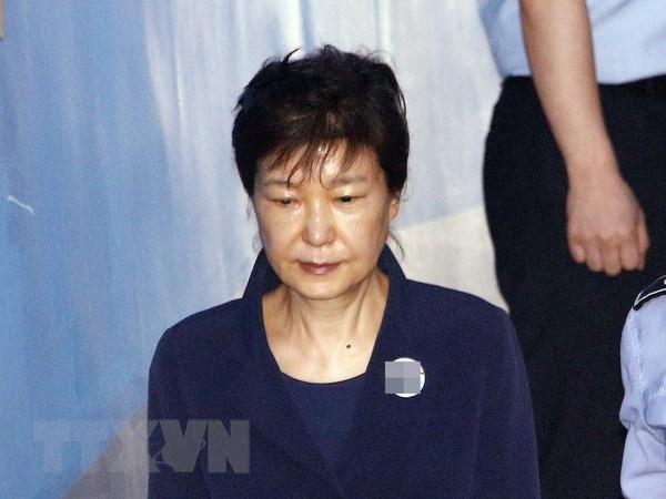 Cuu Tong thong Han Quoc Park Geun-hye doi mat voi cao buoc moi hinh anh 1