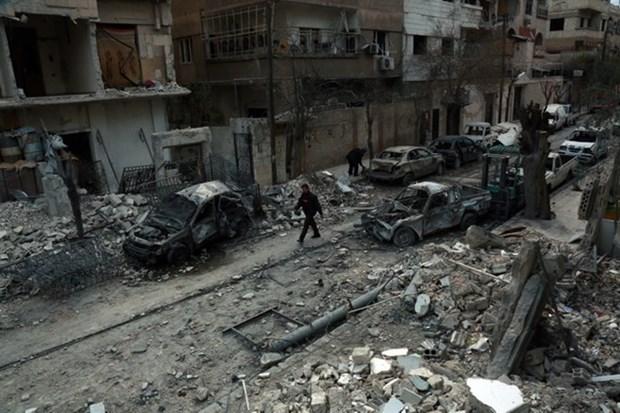 EU trung phat 4 quan chuc Syria lien quan den vu khi hoa hoc hinh anh 1
