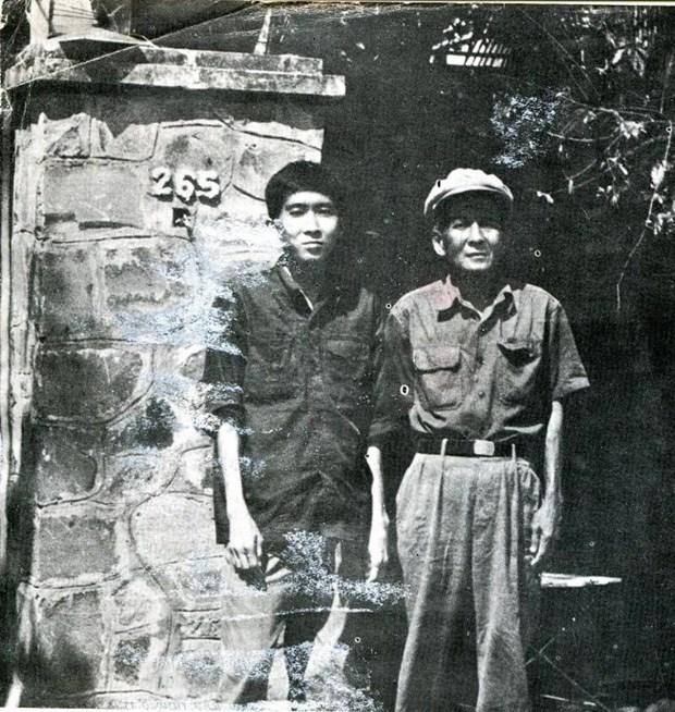 Giai phong Phnom Penh va cau chuyen ve giao su trong nha tu Khmer Do hinh anh 4