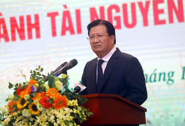 Pho Thu tuong ''chot'' 8 nhiem vu cho nganh tai nguyen va moi truong hinh anh 1