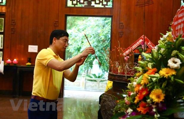 Lang Sen que Bac: 'Dia chi do' trong tim 93 trieu nguoi Viet hinh anh 1