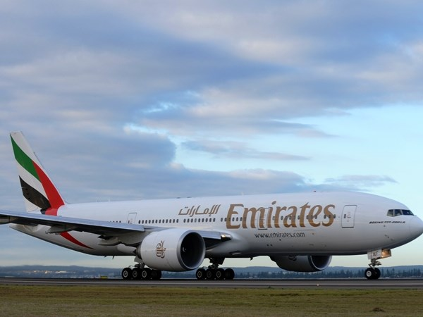 Emirates ban ve bay re tu Viet Nam di den nhieu nuoc hinh anh 1