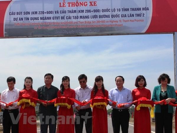 Thong xe cau But Son va cau Tham tren Quoc lo 10 qua Thanh Hoa hinh anh 1