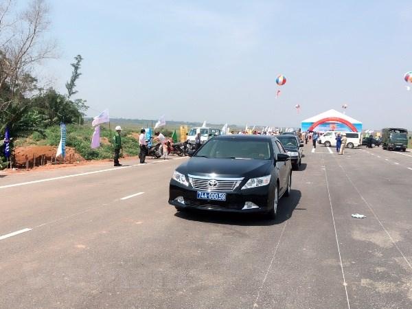 Thong xe 70Km du an nang cap, mo rong Quoc lo 1 qua Quang Tri hinh anh 1