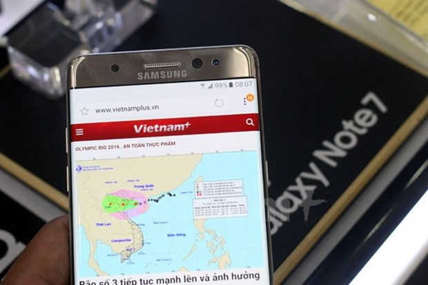 Jetstar cam mang dien thoai Galaxy Note 7 len tau bay hinh anh 1