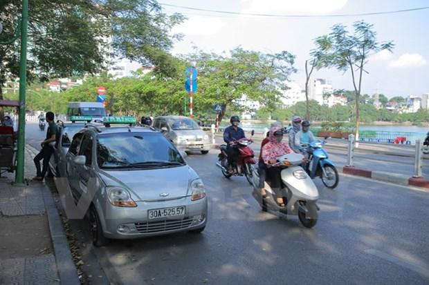 Bai 4: Taxi truyen thong vua ganh ty vua lo so Uber va Grab