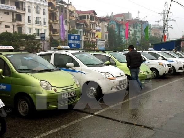 """""""Coi troi"""" quy mo so luong xe toi thieu, nang """"tuoi tho"""" cho taxi hinh anh 1"""