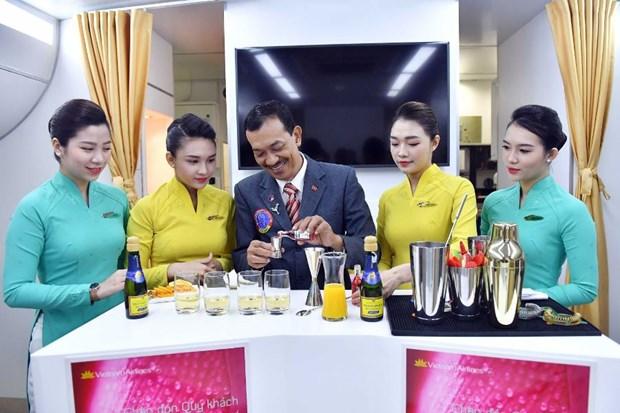 Vietnam Airlines chuan bi dua 11 loai cocktail moi tren chuyen bay hinh anh 1