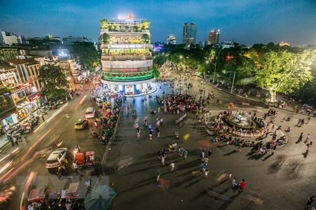 Ha Noi va Vietnam Airlines to chuc hoa nhac tai pho di bo Ho Guom hinh anh 1