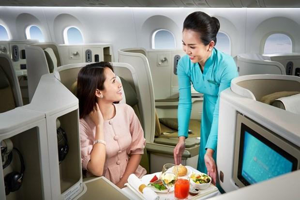 Ve hang thuong gia Vietnam Airlines cao gap nhieu lan van hut khach hinh anh 1