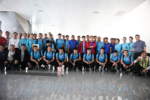 Tuyen Viet Nam bay sang Malaysia chuan bi tran Chung ket AFF Cup hinh anh 1