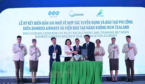 Bamboo Airways se tu dao tao tiep vien, phi cong hang khong hinh anh 2