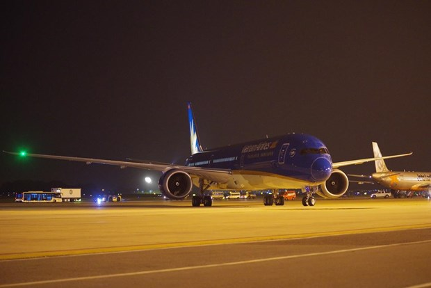 May bay Boeing 787-10 cua Vietnam Airlines da ha canh o Noi Bai hinh anh 1