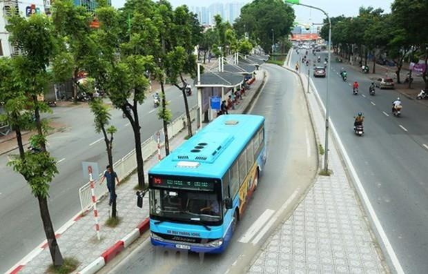 Hai tuyen buyt Ha Noi-Bac Ninh thay doi lo trinh chay vi dich COVID-19 hinh anh 1