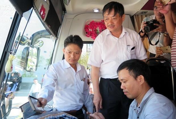 Khong lui thoi han lap camera giam sat tren xe kinh doanh van tai hinh anh 1