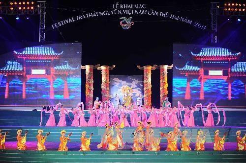 Khai mac Festival tra Thai Nguyen dam mau sac truyen thong hinh anh 2
