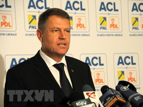 Romania: Ong Iohannis tuyen bo se ha be chinh quyen Thu tuong Ponta hinh anh 1
