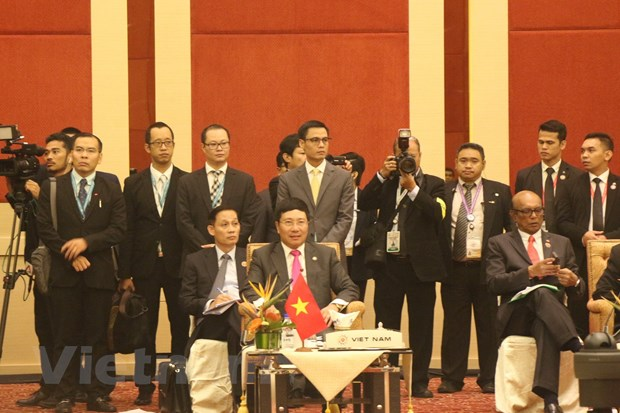 ASEAN nhat tri tang doan ket va trach nhiem trong van de Bien Dong hinh anh 2