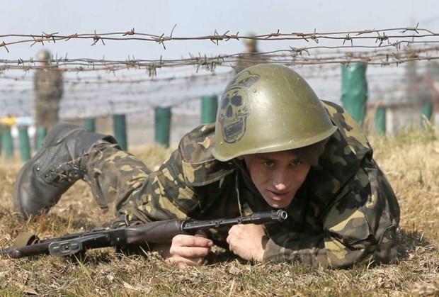 [Video] Ba nguoi thiet mang vi giao tranh tai bung phat o Ukraine hinh anh 1