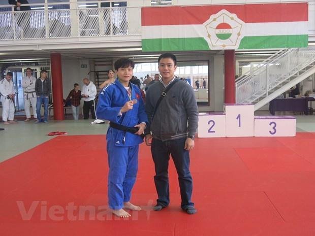 Van dong vien Viet Nam doat Huy chuong Dong Cup Judo Hungary hinh anh 1