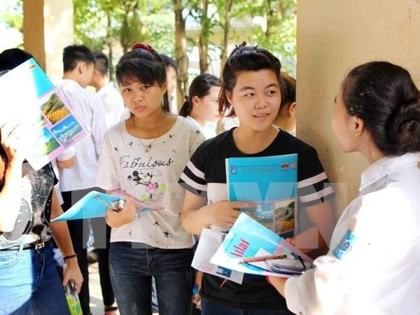 Cong bo 120 cum thi Trung hoc pho thong quoc gia nam 2016 hinh anh 1