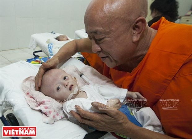 Chua Ky Quang II - Mai am tinh thuong cua nhung manh doi be nho hinh anh 1