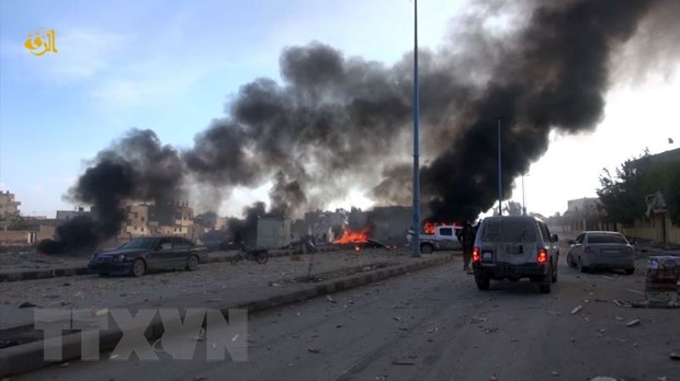 Syria: Lien quan khong kich toi tap vao cac muc tieu IS tai Raqqa hinh anh 1