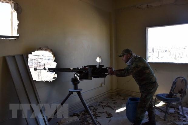 Tai chiem Sakhour, quan doi Syria chia cat khu vuc Dong Aleppo hinh anh 1