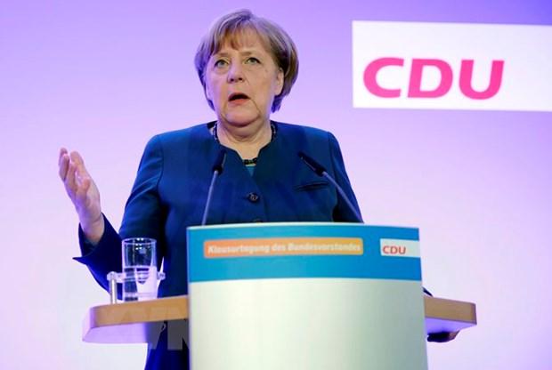 Ong Trump nhan dinh ba Merkel da mac phai