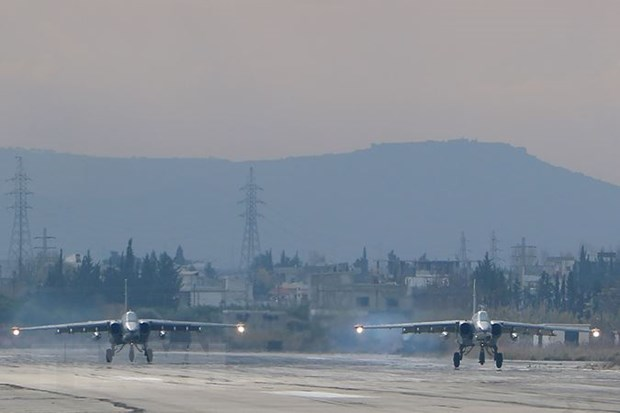 Quan doi Nga giam mot nua so may bay trien khai o can cu Syria hinh anh 1