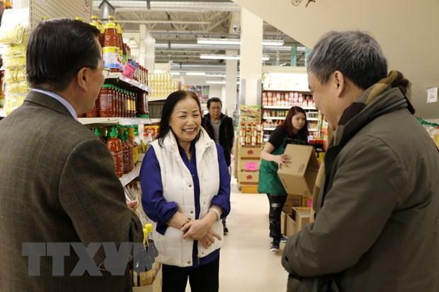 DSQ Viet Nam tai Canada tham cac doanh nghiep Viet kieu tieu bieu hinh anh 3