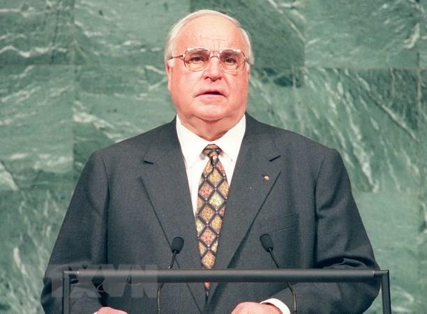 Nga danh gia cao vai tro cua cuu Thu tuong Duc Helmut Kohl hinh anh 1