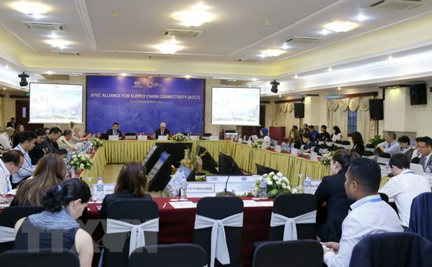 APEC 2017: Hoi nghi SOM 3 trai qua mot ngay lam viec ban ron hinh anh 3