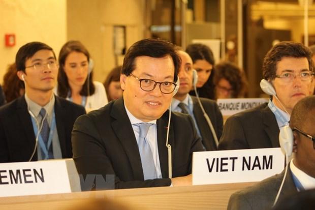 Hoi dong Nhan quyen LHQ thong qua nghi quyet do Viet Nam du thao hinh anh 1