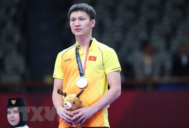 Minh Phung no luc gianh HCB Kumite hang 84kg du bi dam trung mat hinh anh 1