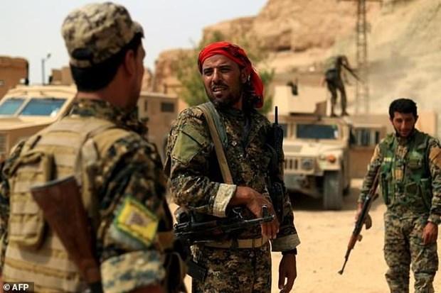 Syria: Luc luong nguoi Kurd dang giam giu 900 tay sung IS hinh anh 1