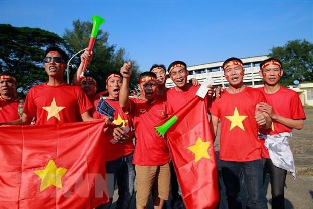 Co dong vien Viet Nam tiep lua cho tran quyet dau voi Myanmar hinh anh 2