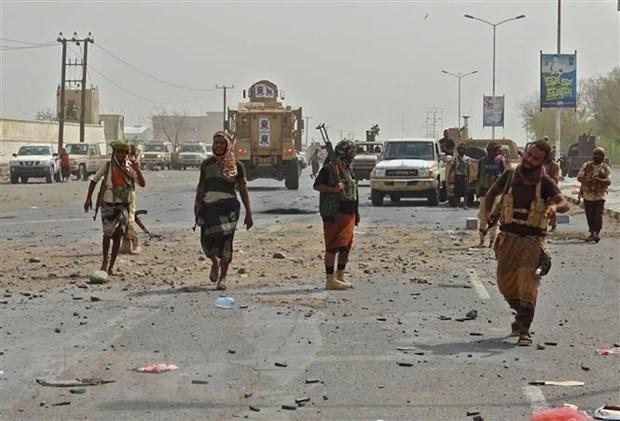 Yemen: Dung do tiep tuc bung phat tai thanh pho cang Hodeida hinh anh 1